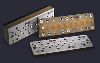 Eight site cartridge carrier and socket assembly in stages