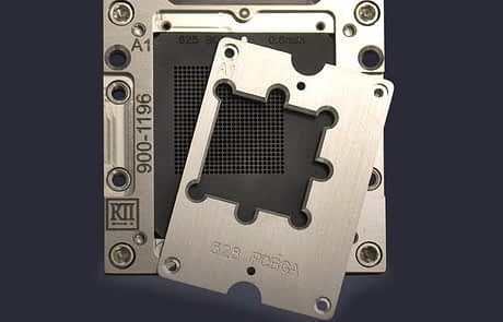 Universal array socket with offset alignment plate