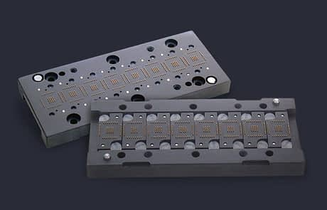 Eight site pin block array with replaceable pin inserts for handlers