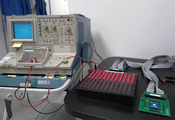 manual curve trace system with switch box and Tektronix